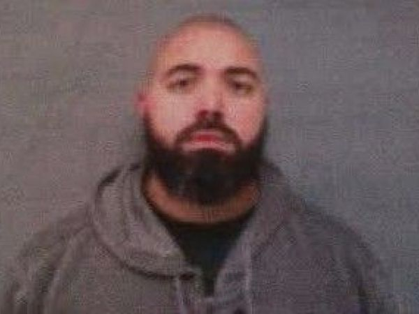 man identified as robinson corrections officer charged