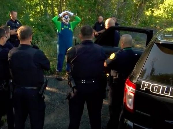 Dartmouth police release 'creepy clown' craze PSA
