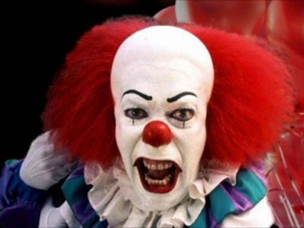Clown chases woman in Ohio