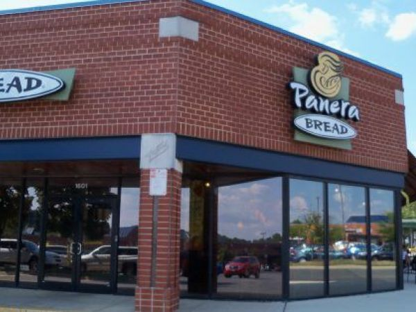 panera bread closest rivals Panera bread's competitive profile, comparisons of quarterly results to its competitors, by sales, income, profitability, market share by products and services - csimarket.