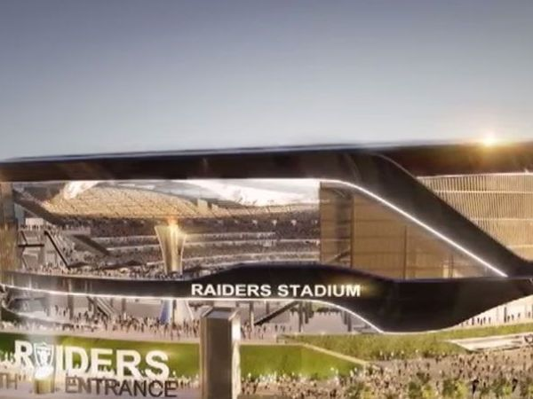 Oakland mayor advances 'framework' plan to keep Raiders