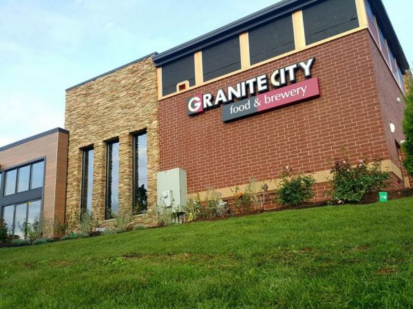 Granite City Food Amp Brewery Hosts Vip Preview For New