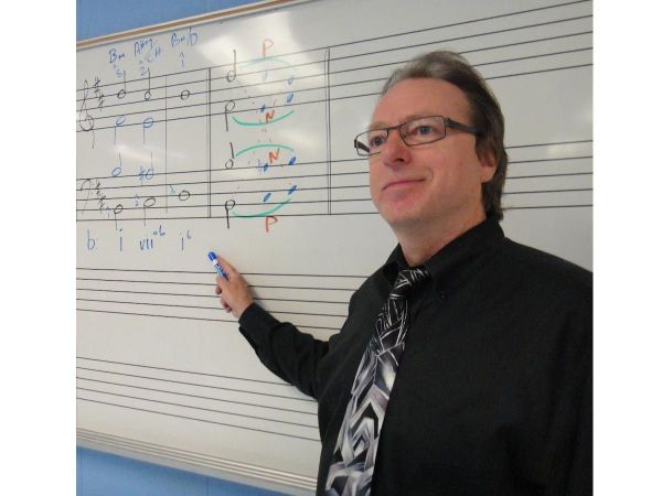 Northport Music Teacher Receives Prestigious Award