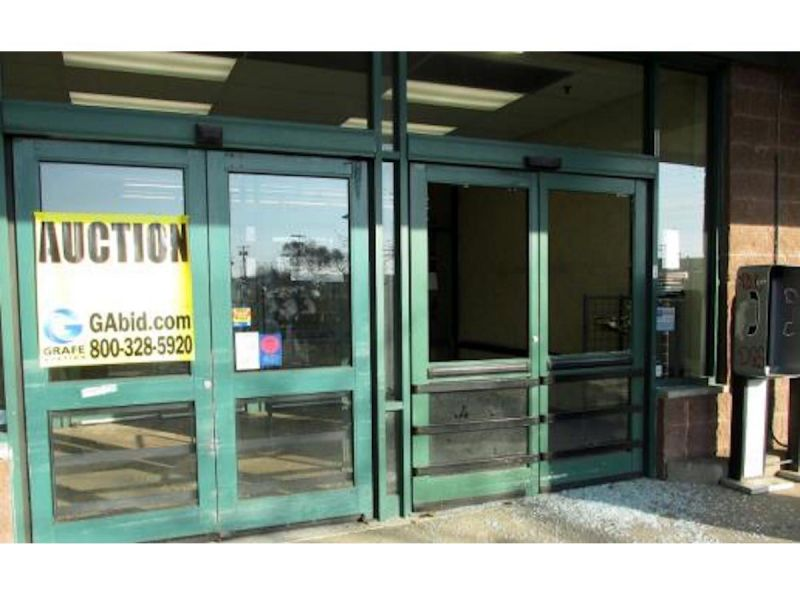 Teen Vandals Cause 40k In Damages To Vacant Lindenhurst Grocery Store Lindenhurst Ny Patch