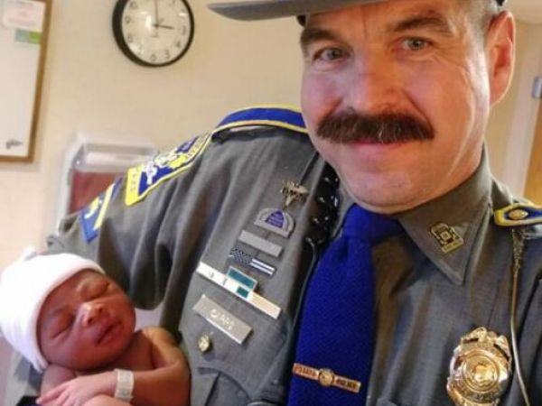 CT state trooper helps deliver baby on side of highway