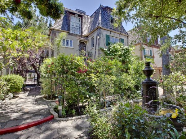 Charlie Chaplin S Courtyard Cottages Leave Their Mark On