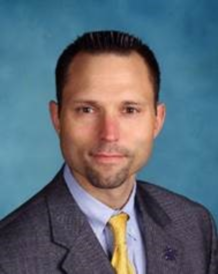 Kenilworth Superintendent Charged With Pooping On Holmdel Track