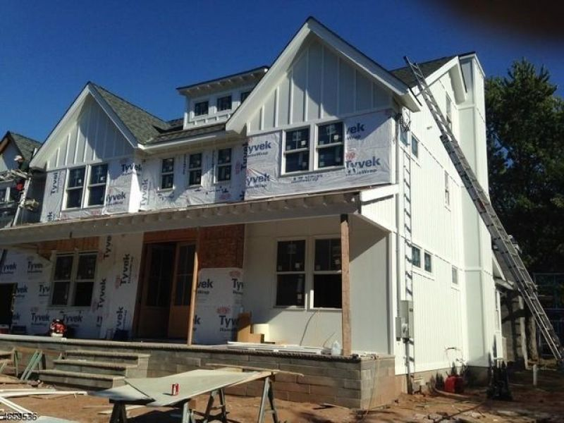 Wow house new construction farmhouse colonial in union for Building a house in nj