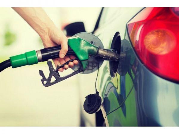 Gas prices climb nationally despite drop in demand