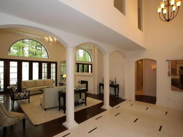 Brookfield Wow House A 39 Spectacular Showplace