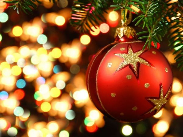 Peachy 15 Live Stream Christmas Music Sites To Brighten Your Holidays Easy Diy Christmas Decorations Tissureus