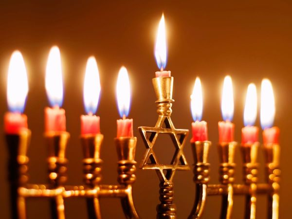 Springfield Jewish Community Center lights menorah