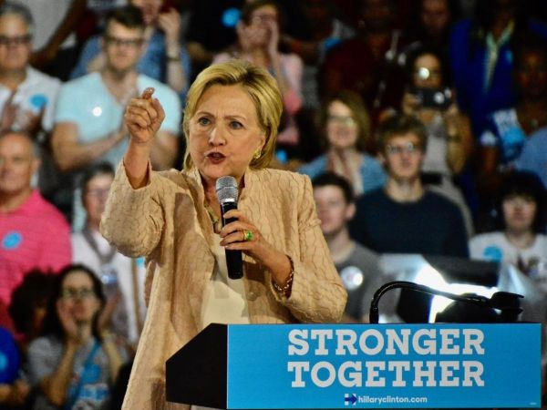 Clinton tweaks estate tax proposal to raise rates at the top