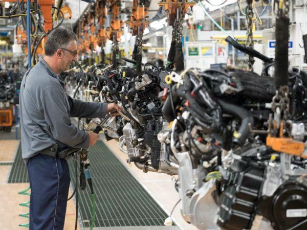 FCA investing $1B in Warren, Toledo plants