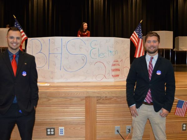 Jacksonville middle school students cast ballots in mock election