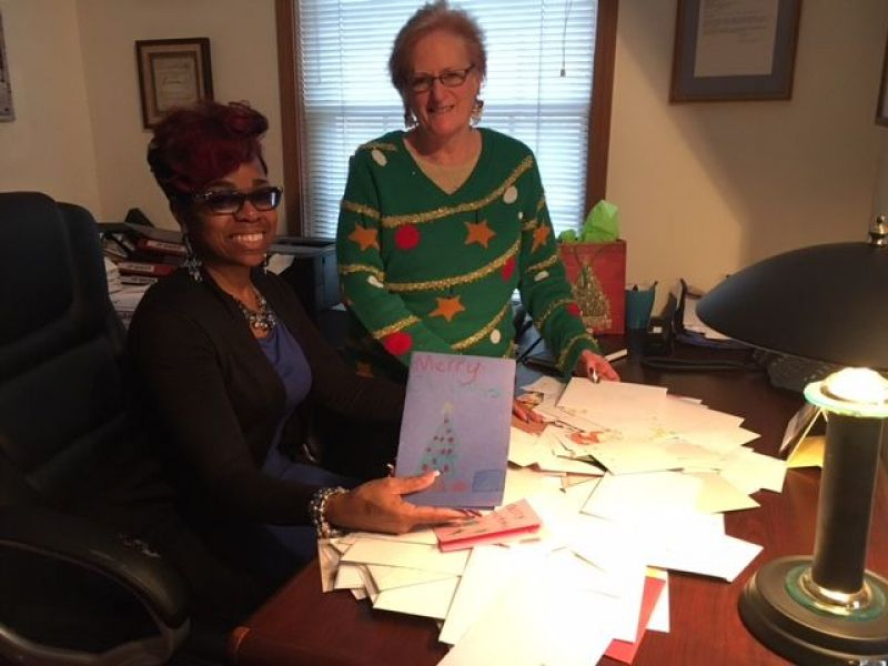 Volunteers Send Holiday Cards To Substance Abuse Patients In Plymouth Addiction Treatment Center