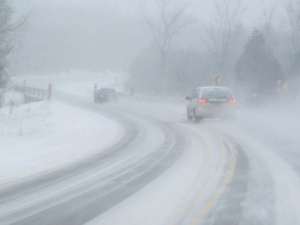 Call this a weekend? Rush-hour snow, freezing rain, possibly record-breaking cold