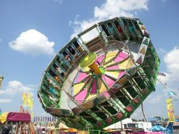 Long lines don't keep folks from attending the 50th annual ...  |Alabama Fair Rides