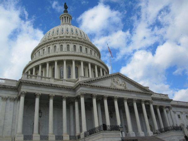 national senate democrats threaten brief government shutdown