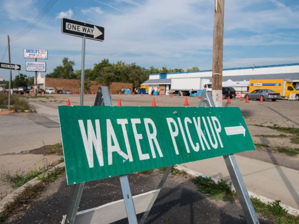 Flint Water Crisis: 2 Former Emergency Managers Charged