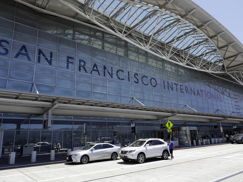 Sfo to hawaii flight lands safely after in flight scare south sfo to hawaii flight lands safely after in flight scare sciox Images