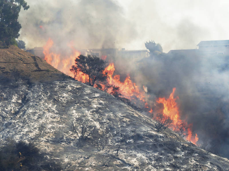 Containment Of Skirball Fire >> Skirball Fire Crews Anticipate Full Containment Los Angeles Ca Patch