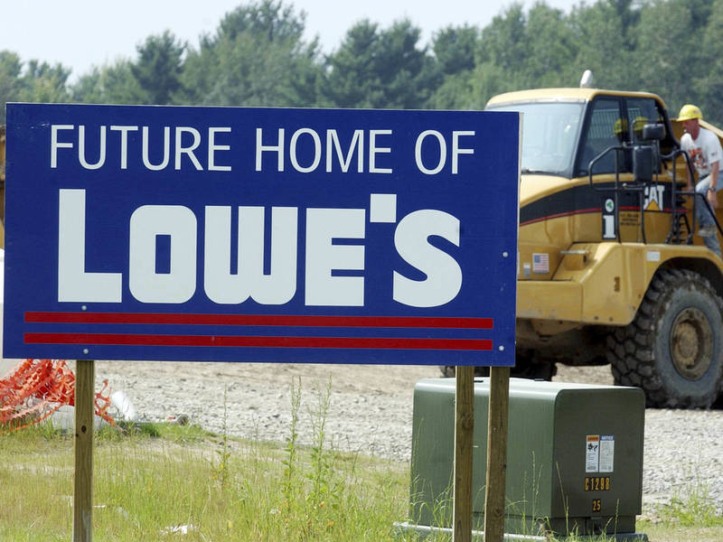 planned lowes store would shut down queens theater