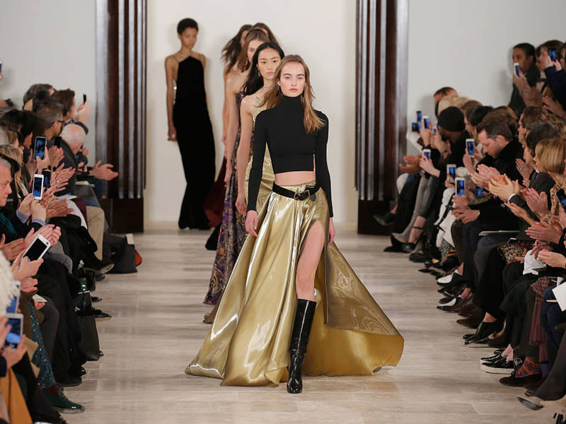 New york fashion week 2017 shows designers live stream for Fashion exhibitions new york