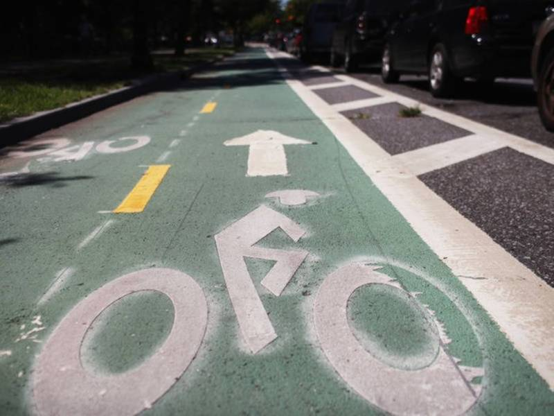 Full UWS Board Endorses Central Park West Protected Bike Lane