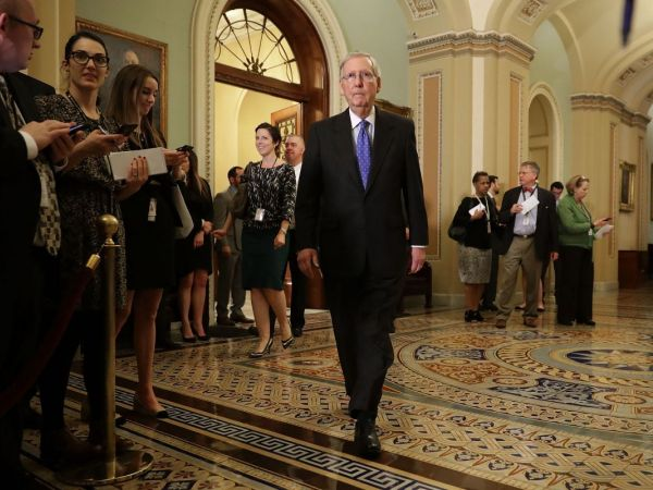 Democrats officialy vote to filibuster Gorsuch; 'nuclear' vote looms