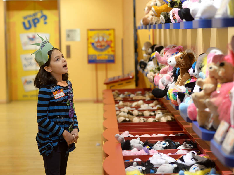 Build-A-Bear Hug Day Promo Being Offered At Menlo Park Mall
