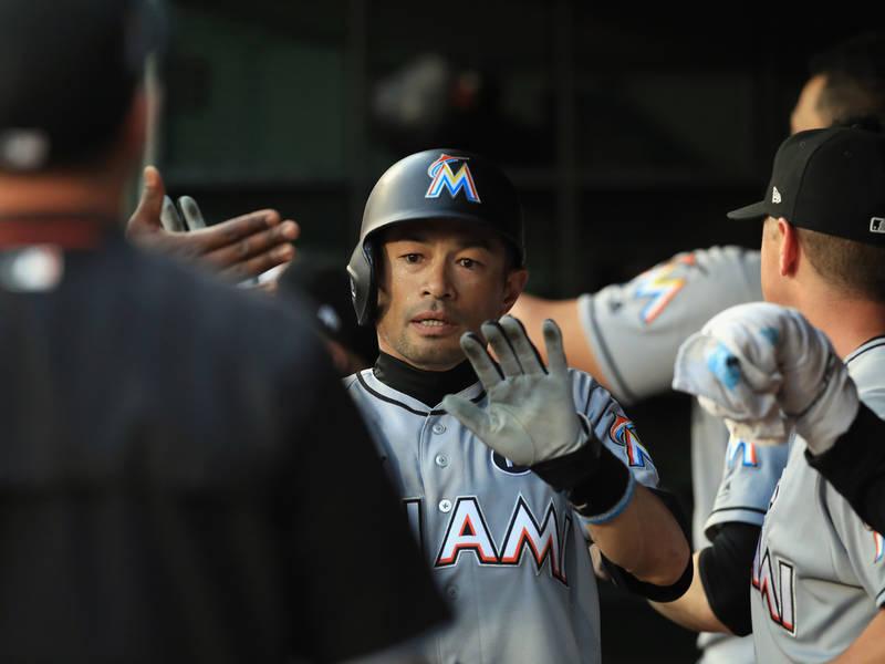 Ichiro Suzuki Gets 1 Year Contract, Mariners Confirm | Seattle, WA