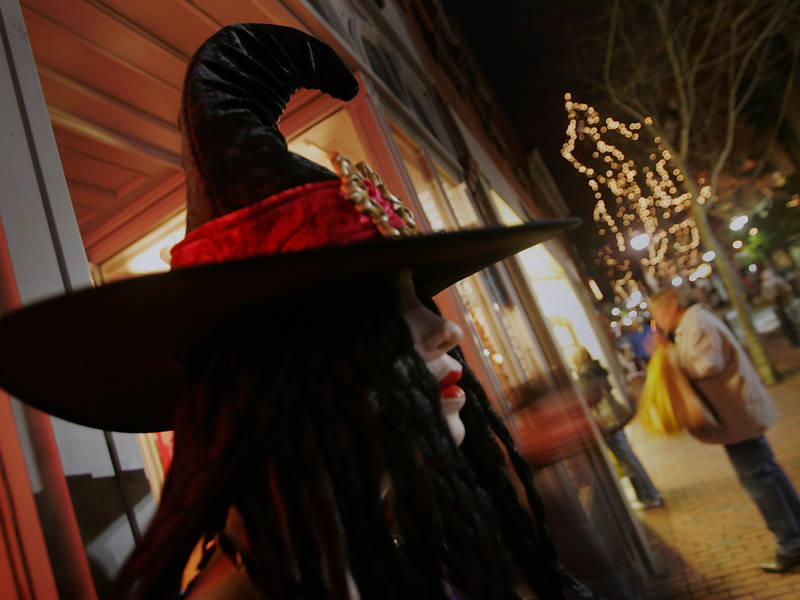 salem named best city to celebrate halloween in us - Best Halloween Celebrations