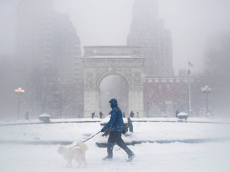 Nyc Weather Forecast  As Blizzard Hits  City Says Stay Home