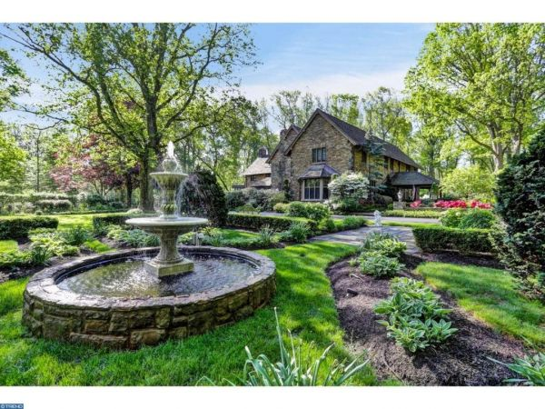 This $3.8 Million Princeton Home Turns 100 Years Old This Year, But Has  Been Updated With All The Latest Luxuries, Including A Tennis Court,  Gourmet Outdoor ...