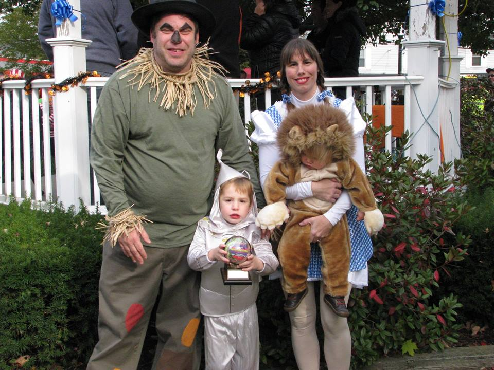 Costumes Come Out for Mansfield Halloween Parade | Mansfield, MA Patch