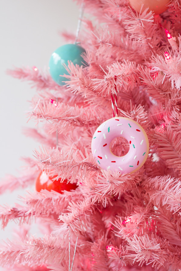 80 personalized christmas ornaments anyone can craft across diy donut ornament solutioingenieria Gallery