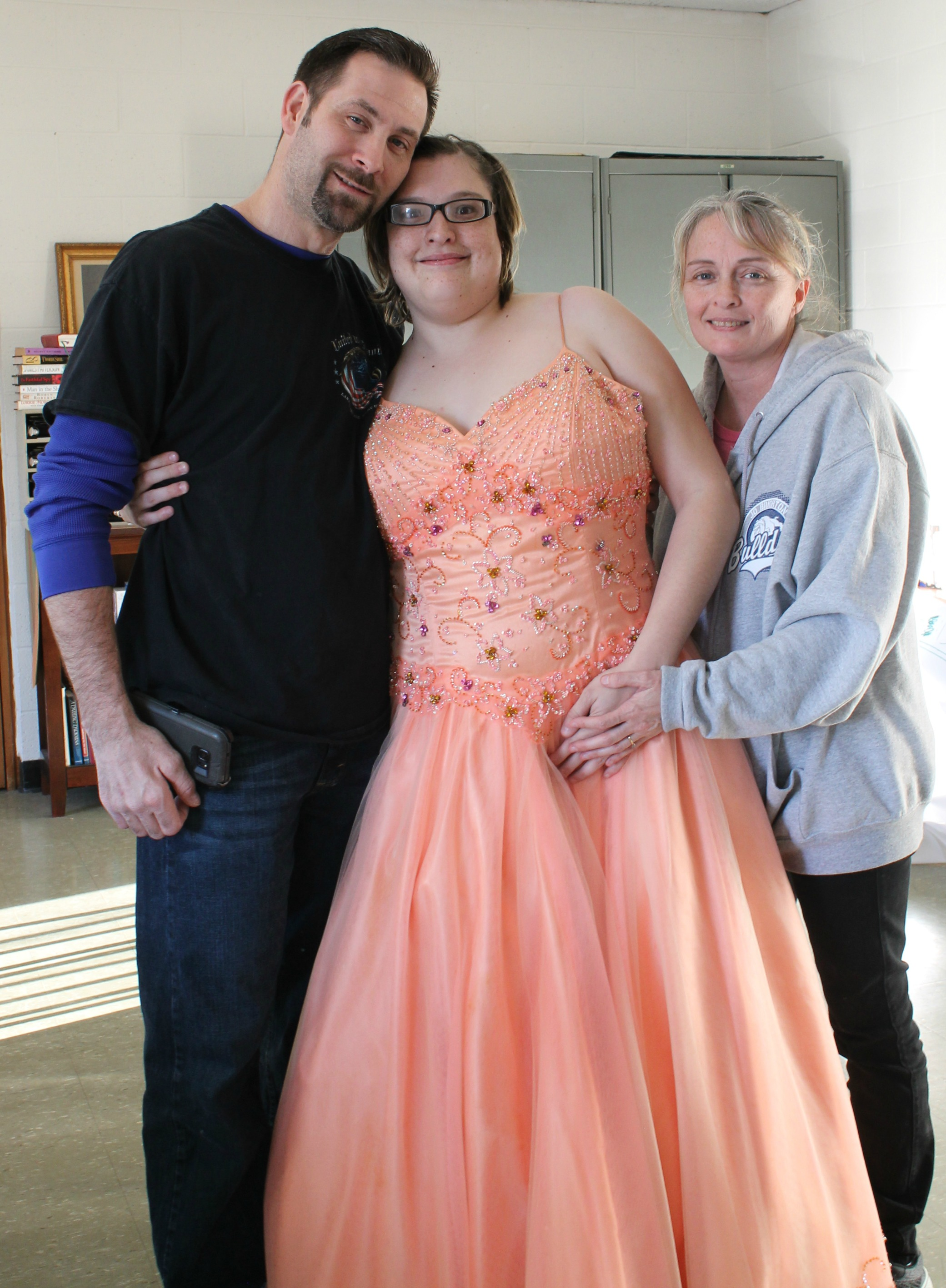 Community Nonprofit Provides Prom Dresses to HS Girls in Need ...
