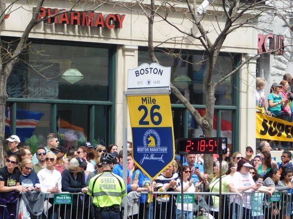 Kenyans Sweep Titles in 121st Boston Marathon