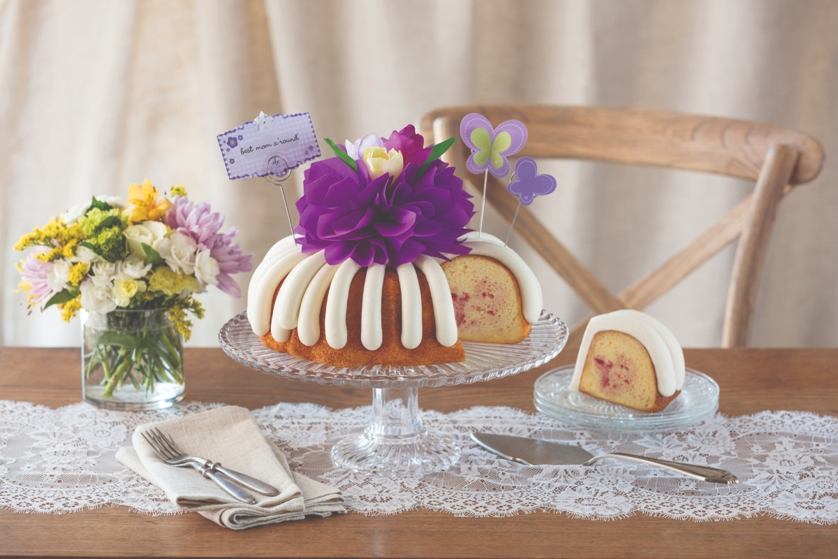 Family Fun Event At New Nothing Bundt Cakes In Naples