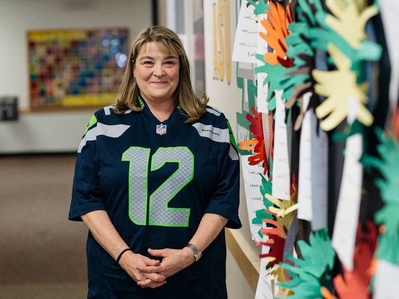 Hazelwood Elementary School Teacher Honored as 'Symetra Hero in the  Classroom'