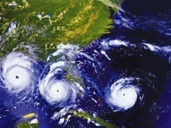 https://cdn20.patchcdn.com/users/112920/20170406/042448/styles/T600x450/public/article_images/hurricane_andrew-1491509161-5310.jpg