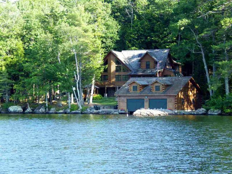 Nh S Most Expensive Log Cabin 4m Lake Winnipesaukee Retreat