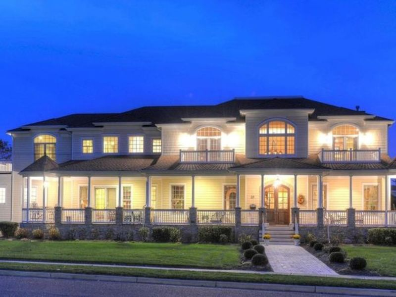A home with 77 windows 7m spring lake mansion for New jersey luxury homes
