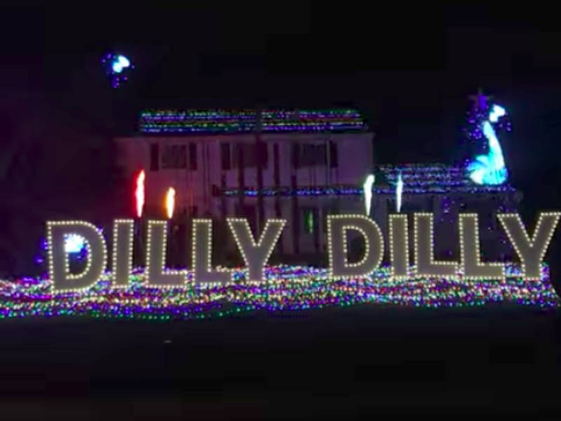 See This Dilly Dilly Christmas Light House In Cranbury, NJ