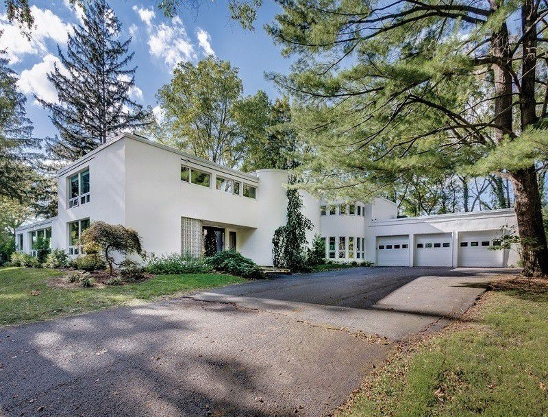 10 fabulous mid century modern homes in nj that are for for Contemporary houses for sale in nj