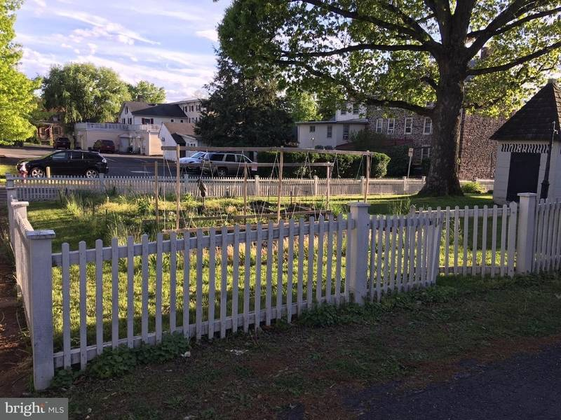 Newtown real estate acre borough lot is 425k - Garden state healthcare associates ...