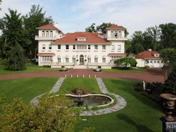 Look Inside 17m Bergen County Home Headed To Foreclosure
