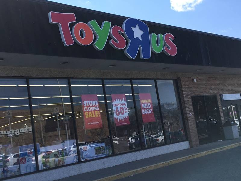 All Toys Toys R Us : Toys r us liquidation sales delayed at all stores