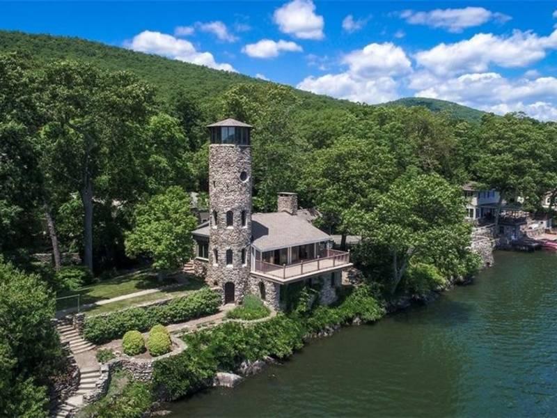 Derek Jeter Lists Castle Like Mansion On NJ Border For 14M